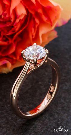 Simple & Elegant Rose Gold Engagement Ring. Green Lake Jewelry