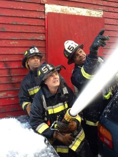 Boston Fire Department saves students in a burning building 1.23.12