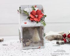 Today each Amazing Paper Grace Creative Team member shares their creations with the Christmas Cottage die. Charming Cottage is versatile . Christmas Candy, Christmas Home, Christmas Decorations, Table Decorations, Gable Boxes, Spellbinders Cards, Paper Houses, Gift Bags, Card Making
