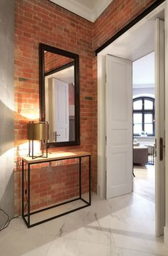 Home Staging, Red Brick Wallpaper, Home Interior Design, Interior Decorating, Brick Feature Wall, Small House Design, Shabby Chic Homes, Style At Home, Home Fashion