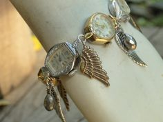 ooohh cool way to recycle old watches!