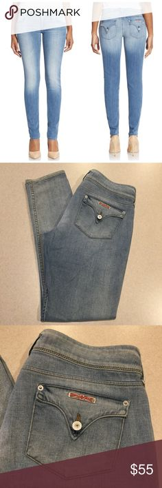 Hudson Jeans 32X33 Collin Skinny In Flo! Hudson Jeans Collin skinny flap pocket Flo wash! (Modeled pictures are of exact fit and wash my lighting is just not as bright) Size 32 33 inch long unaltered inseam A pretty vibrant dark ice blue denim with stretch, they are super soft as well! Perfect condition! All of my items come from a smoke free, pet free home and are authenticity guaranteed. Please ask any questions, no returns for fit issues. 89-10 Hudson Jeans Jeans Skinny