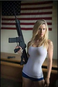 Military girl Women in the military Army girl Women with guns Armed girls Tactical Babes Pinup, Military Women, Military Army, Female Soldier, Country Girls, Sexy Women, Beautiful Women, Firearms, Weapons