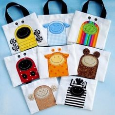 Sewing Pattern - Mini Tote Bags with Critter Appliques - Ladybug* Beetle* Bumble Bee* Monkey* Sheep* Bear* Giraffe and Zebra - PDF ePattern* via Etsy. Fabric Crafts, Sewing Crafts, Sewing Projects, Diy Projects, Couture Cuir, Applique Designs, Applique Patterns, Sewing For Kids, Machine Quilting