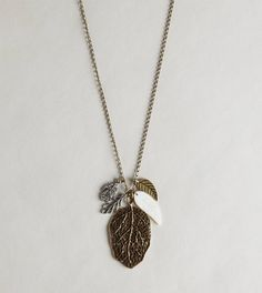 AEO LEAF CHARM NECKLACE  STYLE: 0482-2679 | COLOR: 082  BUY ONE GET ONE 50% OFF  $17.50