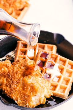 Easy Chicken and Waffles begins and ends with crispy fried chicken and stacks of homemade buttery waffles topped with as much syrup as you can handle. Chicken And Waffles Recipe Easy, Easy Waffle Recipe, Fried Chicken And Waffles, Crispy Fried Chicken, Waffle Recipes, Homemade Fried Chicken, Vegan Recipes, Pancake Recipes, Crepe Recipes