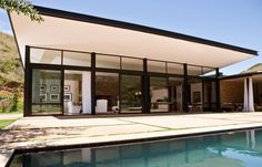 modern residence 116 Private Residence in South Africa Surrounded by a Magnificent Landscape