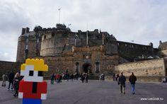 Edinburgh, Scotland 2012 LEGO - Life of George went to the square in front of the castle, where the famous Edinburgh Millitary Tattoo takes.....