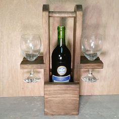 Wine Tote Wine Caddy Wine Rack Housewarming Gift Wedding by Ntoys Wood Shop Projects, Reclaimed Wood Projects, Diy Pallet Projects, Woodworking Projects, Wine Caddy, Wine Tote, Wine Bottle Holders, Glass Holders, Wine Bottles