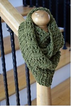 Soft and pretty knitted cowl