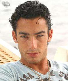 Aaron Diaz, Been my crush since i was 15 this man is gorgeous Aaron Diaz, Hispanic Men, Latin Men, Hottest Male Celebrities, Hollywood Actor, Good Looking Men, Perfect Man, Bearded Men, Gorgeous Men