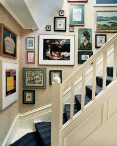 Frame wall on staircase