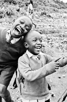 Jubilant kids. Photography by mollyinkenya.