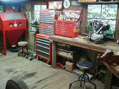 I've always wanted a garage with wood floors! The Garage Journal Board Old Garage, Garage Shed, Barn Garage, Two Car Garage, Garage Tools, Man Cave Garage, Motorcycle Workshop, Motorcycle Garage, Workshop Layout