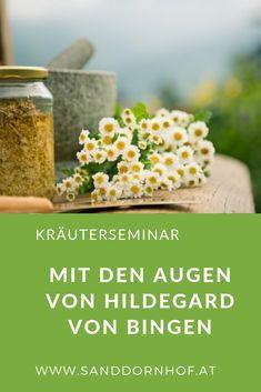 Hildegard von Bingen wusste zu heilen und zu wusste zu leben. #kräuterseminar #hildegardvonbingen Kraut, Herbs, Healthy Herbs, Medicinal Plants, Remedies, Herb