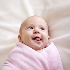 Ca y est, les premières dents de bébé se font sentir! Avec les conseils de Philippe Koskas, chirurgien dentiste, tous  les trucs pour lui rendre le sourire