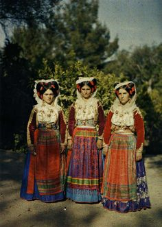Albert-Kahn Musée - Greece: In 1912 and the years of the First and Second Balkan Wars, photographer Auguste Léon framed a costumed trio on Corfu, a region seemingly untouched by conflict.