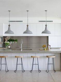 Modern Bar Stool Ideas for Minimalist Kitchen Bar Part Kitchen Ikea, Kitchen Living, New Kitchen, Kitchen Decor, Kitchen White, Kitchen Modern, Kitchen Island, Kitchen Industrial, Modern Bar