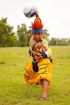 You cosplay Wakka, ya? Yevon never forgets a great Final Fantasy X cosplay like deviantART.com's ShinraJunkie's.