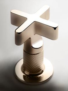 Gessi is the design manufacturer of luxury bath and kitchen faucets, showers system and electronically operated taps. Bathroom Trends, Diy Bathroom Decor, Bathroom Styling, Bathroom Designs, Industrial Bathroom Design, Industrial Style, Gold Taps, Contemporary Baths, Bathroom Faucets