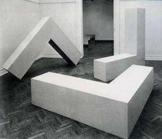 3 L-Beams, Robert Morris (1965)