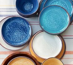 This all-melamine collection lets you dine outdoors all summer long. Each piece bears the beautiful appearance of hand-painted and glazed Italian country ceramics, but is completely unbreakable.