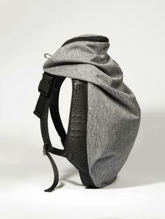 "Nile Rucksack: ""The Côte&Ciel Nile Rucksack Basalt is one of our iconic backpacks. Fashion's appropriation of architectural principles has contributed to the evolution of the Nile Rucksack collection. Look Fashion, Fashion Bags, Fashion Accessories, Mens Fashion, Backpack Bags, Leather Backpack, Leather Bag, Calf Leather, Sac Week End"