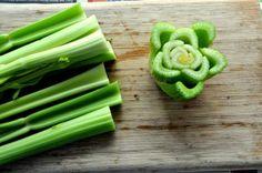 Vegetais que podem voltar a ser plantados depois de usados :http://asenhoradomonte.com/2014/04/04/2877/