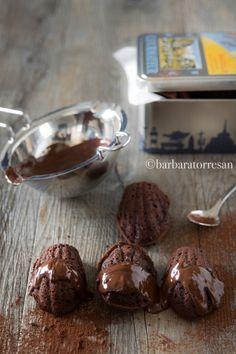 Che poi, il cioccolato è sempre il miglior antistress. Comincio dalla conclusione dei miei pensieri di sabato. Dove - dopo tanto - mi è venuta voglia di cu