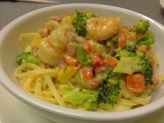 Pasta scampi Spicy Recipes, Shrimp Recipes, Fish Recipes, Pasta Recipes, Cooking Recipes, Healthy Recipes, I Want Food, Weird Food, Crazy Food