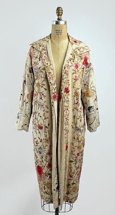 Evening coat Date: late 1920s Culture: American or European Medium: silk Dimensions: Length at CB: 44 1/2 in. (113 cm) Credit Line: Gift of Mrs. Harry Rodwin, 1957 Accession Number: C.I.57.9