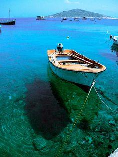 Inspiration photo for Tonga Cabana Fabrics by Daniela Stout. Row Row Row, Row Row Your Boat, Luxury Pontoon Boats, Boat Pics, Best Boats, Float Your Boat, Love Boat, Water Crafts, Bowrider