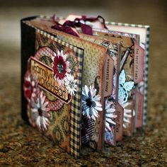 justintimedesign: Family Mini Album