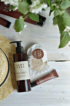 Idealne kosmetyki na lato od Hemp Care. Moja opinia|Sylwetta Perfume Bottles, Soap, Beauty, Perfume Bottle, Beauty Illustration, Bar Soap, Soaps