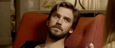 [GIF] (8/8) Dan Stevens - High Maintenance <Rachel> (x)