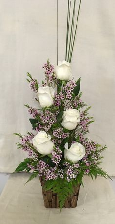 101 Cute Spring Flower Arrangements Ideas That You Need To Know - Flowers are used for all types of occasions and celebrations. They can offer you beauty and elegance to any room you choose. You can bring in fresh sp. Rosen Arrangements, Creative Flower Arrangements, Spring Flower Arrangements, Funeral Flower Arrangements, Valentine Flower Arrangements, Beautiful Flower Arrangements, Spring Flowers, Flower Centerpieces, Floral Arrangements