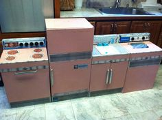 Vintage Pink Wolverine Frigidaire 1950s Tin Litho Toy Kitchen Set 4pc