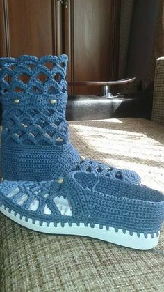 Details about Womens Ankle Strap Mary Janes Sweet Dot Wedge high Heels Bowknot Shoes Pumps Crochet Boot Socks, Crochet Slipper Boots, Crochet Baby Sandals, Knit Shoes, Crochet Slippers, Crochet Shoes Pattern, Shoe Pattern, Leather Fashion, Fashion Shoes