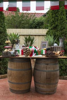 Italian-inspired party table from an Italian Trattoria Birthday Party Birthday Party Tables, Adult Birthday Party, Birthday Dinners, Birthday Ideas, Trattoria Italiana, La Trattoria, Dinner Themes, Party Themes, Party Ideas