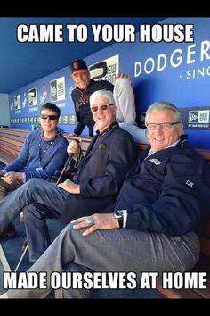 OMG ⚾️ Sf Niners, San Francisco Giants Baseball, Baseball League, Basketball Teams, Boston Red Sox, Dodgers, Champion, Football, Guys
