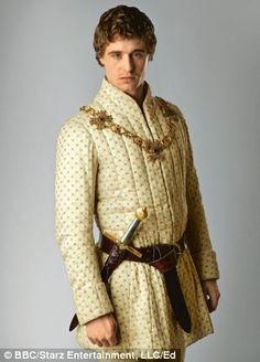 and Max Irons as King Edward IV Renaissance Paned Slops and Breeches 15th century, 16th century. Doublet, Cape, Capelet, Romeo, revels, faire, Elizabethan, Tudor, RenaissancePattern
