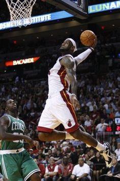 so glad the NBA is back Miami Heat Basketball, Basketball Is Life, Basketball Legends, Sports Basketball, Nfl Sports, Basketball Players, Chicago Nfl, King Lebron James, King James