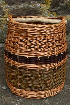 Rope Basket, Basket Weaving, Willow Weaving, Spoon Art, Weave Styles, Newspaper Crafts, Willow Tree, Basket Decoration, All Craft