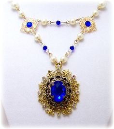 Medieval Necklace - Renaissance Jewelry - Pearl & Crystal Necklace, Tudor Jewelry, SCA, Fantasy Jewelry. $43.00, via Etsy.