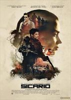 Directed by Denis Villeneuve. With Emily Blunt, Josh Brolin, Benicio Del Toro, Jon Bernthal. Edge of the seat stuff, Benicio Del Toro is so menacing in this - and he's one of the good guys! 2015 Movies, New Movies, Good Movies, Movies Online, Movies And Tv Shows, Watch Movies, Latest Movies, Netflix Online, Movies Free