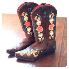 Macie Bean snip toe floral embroidered boots These are lightly worn boots that I'm selling because they're too tight. I thought they just needed to be broken in but they're just a size too small for me. Macie Bean Shoes Heeled Boots