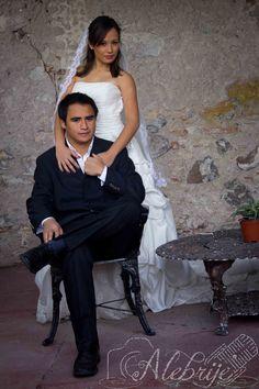 Sesión formal de bodas. Wedding Photo shoot.