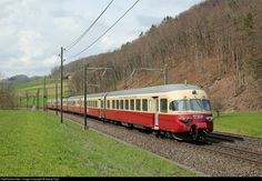 Electric TRANS EUROP EXPRESS trainset RAe TEE II # 1053 from 1961, capable to run with the 4 electric power systems of Europe, on the last l...