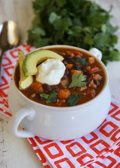 Black Bean and Sweet Potato Turkey Chili:  Light, healthy, filling, and perfect for fall!