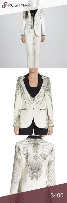 """Haute Hippie Feather Print Tuxedo Jacket Haute Hippie feather-print jacket. Notched collar; two-button front. Long sleeves; button cuffs. Front welt pockets. Cutaway hem; vent back. Silk. Imported. Model's measurements: Height 5'10""""/177cm, bust 33""""/84cm, waist 25.6""""/65.2cm, hips 35.8""""/91cm, dress size US 2-4/FR 34-36. New in Excellent Condition/ No Trades/ No PayPal/ Smoke & Pet Free Home/ Please Ask Questions!/ Like what you see but the price too high? Make an offer! Haute Hippie Jackets…"""